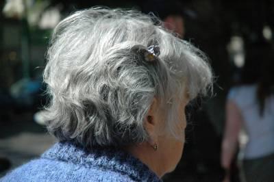 30歲起就要注意「卵巢衰老」情形!避免更年期提早報到,只要多吃「這個」,就能讓你「逆生長」!