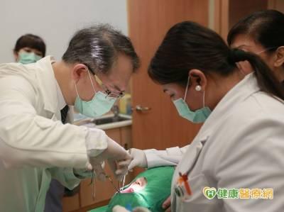 菲女下巴長巨大腫瘤 來台切除3D重建下巴