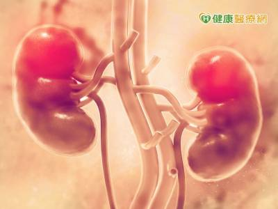 六旬婦血尿長達2年 竟因輸尿管上皮癌作祟