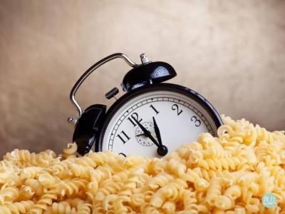 小心!三餐不定時 吃得再健康也會胖!