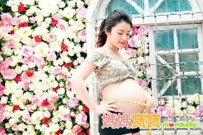 多吃「這些食物」可以讓胎兒長胖?認識胎兒偏小的6大因素~多胞胎也是其中一個原因!