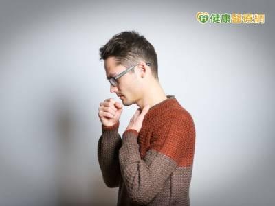 氣喘發作呼吸衰竭 高頻震盪呼吸脫險境