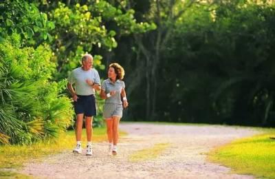 50歲後運動過量會折壽!用好這1招,壽命延長30年!值得傳閱