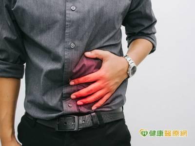 肚子痛拖半年 竟是十二指腸癌