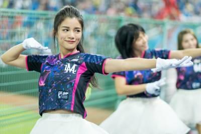 女孩齊聚桃花園--帶你一窺LamiGirls球場下的迷人風采!