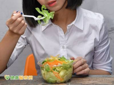 青少女NG飲食 小心變肥還損健康