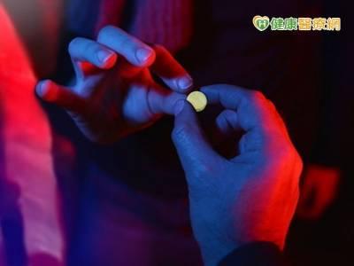 用愛陪伴青少年戒毒 人生就能變彩色