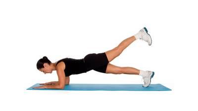 Kendall Jenner 11分鐘健身密技!讓你在家也能擁有好身材