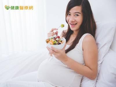 新生兒肺不好 是因為媽媽太胖?