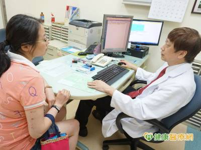 38歲女卵巢功能退化 試管成功懷兩胎
