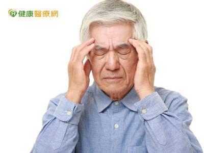 一天吃36顆藥! 8旬翁重覆用藥頭暈眼花