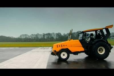 拖拉機也能飆車!時速145公里破世界紀錄