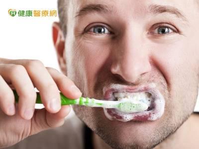 潔牙工具用對了嗎? 這種使用效果事半功倍