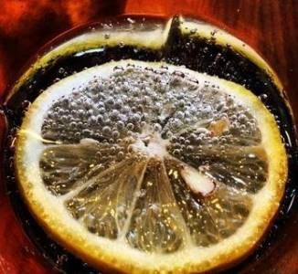 檸檬用冷水還是熱水泡才有養生效果?90 的人都錯了!