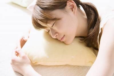 睡前只要養成三個小習慣,年輕十五歲絕不是問題!