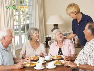 社區營養推廣中心 照護銀髮族飲食健康