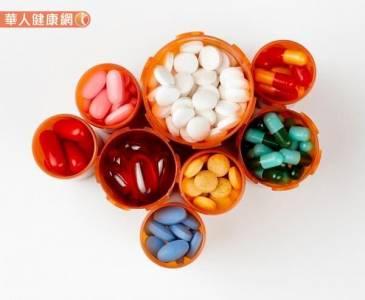 保健食品混藥品有風險?藥師提醒時間是關鍵!
