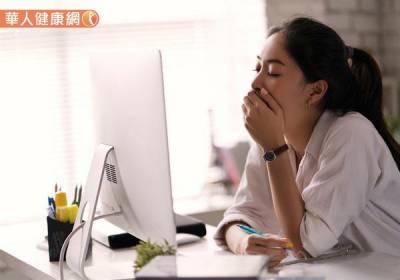 動不動就好累=肝不好?小心慢性疲勞上身,3體質這樣喝找回活力