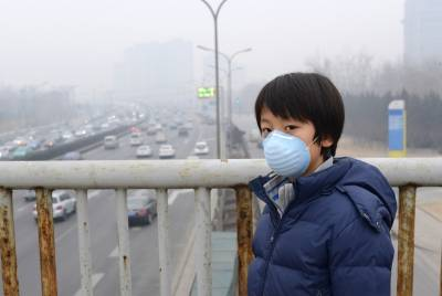 過動症 注意力不集中 自閉症竟與空汙有關?!PM2.5 霧霾威脅下,家長能為孩子做些什麼?