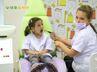 YMEC兒童醫學教育營 體驗醫護人員辛勞