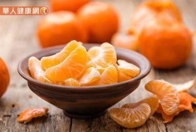 拒絕冬天乾荒肌 營養師教你選對6種當季蔬果,吃出保濕力!