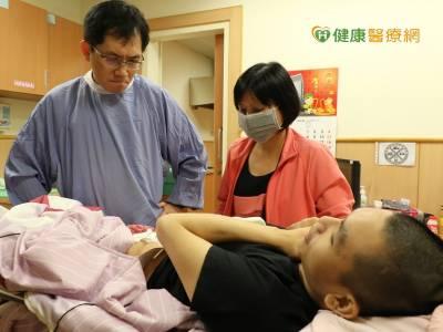 腸道造口袋未貼合 易使皮膚發炎照護難