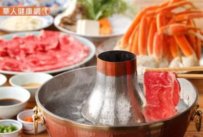 圍爐呷健康,營養師聯手中醫師!6款火鍋沾醬,過年無負擔