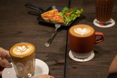 【過年網美朝聖景點】年假還想不到去哪嗎 全台最有挑戰咖啡廳 可攀岩也可很悠閒