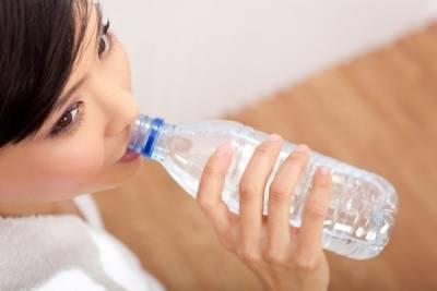 常喝這六種毒水,等於慢性自殺!沒想到過濾的水長期喝竟然....