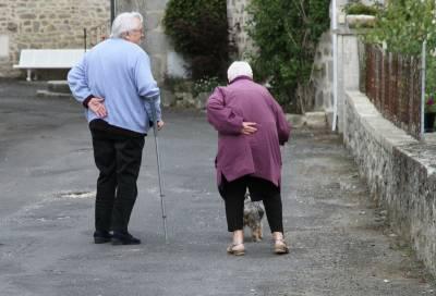 5招!如何幫助受照顧者,擺脫過度依賴或疏離的行為模式?