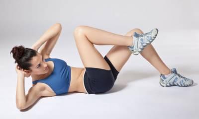 韓國教練每天6個「瘦下腹動作」!一個月改善骨盆前傾 下腹一圈肉,減脂消小腹有感