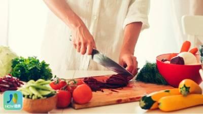 減少接觸化學物質 研究顯示在家做菜更健康