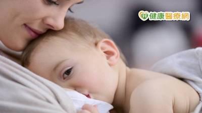 親餵母乳只是一種選擇 尊重每位媽咪的意願