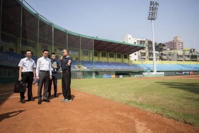 味全龍入主新竹棒球場 簽約15年成一軍主場