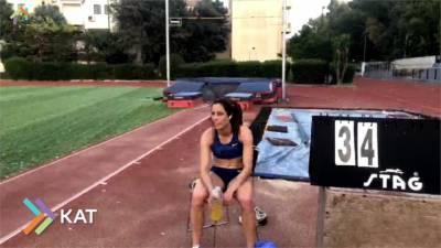 線上女子撐竿跳大賽登場 三位冠軍女將大對決