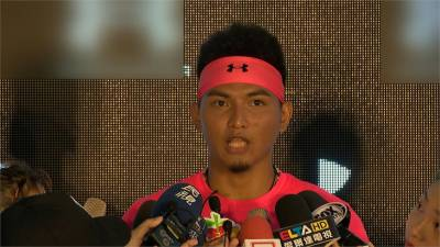 MLB/火球男變身灌籃高手 紅襪劉致榮新造型增霸氣