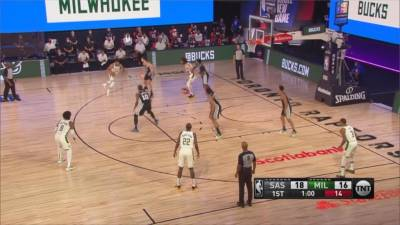 NBA/湖人熱身賽出師不利 詹皇 AD各得12分不敵獨行俠