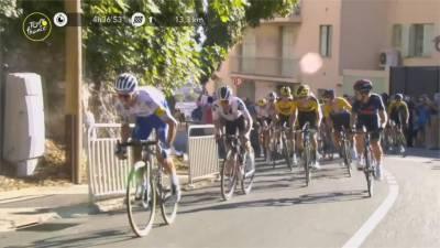 因疫情延宕兩個月登場 環法自行車賽吸引車迷觀戰