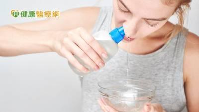 清洗鼻腔怎麼做? 耳鼻喉科醫師傳授洗鼻重點