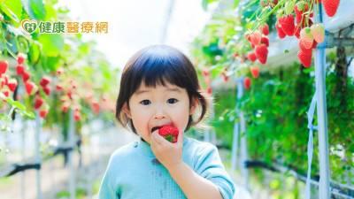 水果健康拼命吃? 營養師揭兒童攝取原則