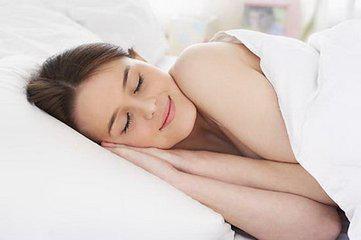 晚上睡覺經常做夢的人,你可能是身體這些功能出問題了!
