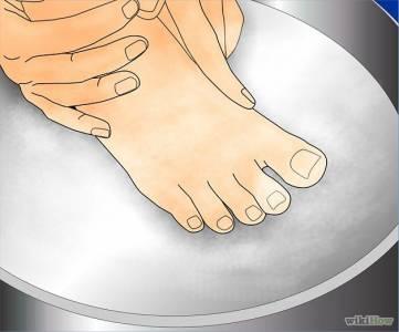 腳上長了一粒粒「疙瘩」像被蟲咬過一樣...小心!這不是香港腳!一定要趕快治療...