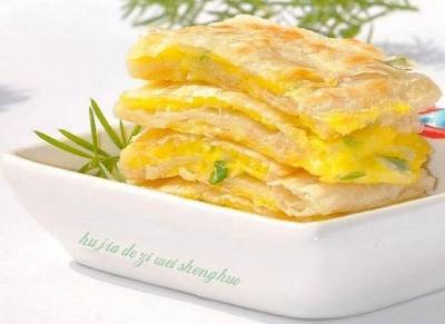 三分鐘就能做好這個超棒的早餐!!「雞蛋灌餅」好吃到停不下來…