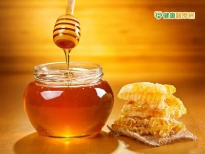 造假蜂蜜疑慮 3原則教你辨真假